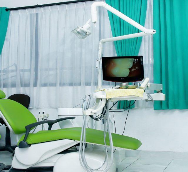 ruang-poli-gigi